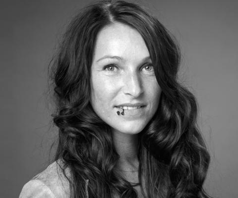 Katrin Holle